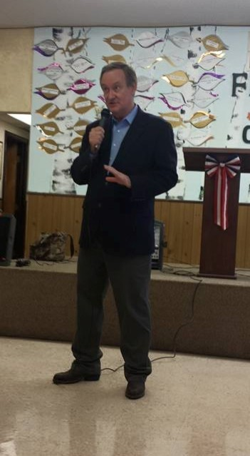 Crapo at a town hall meeting in Parma, Idaho